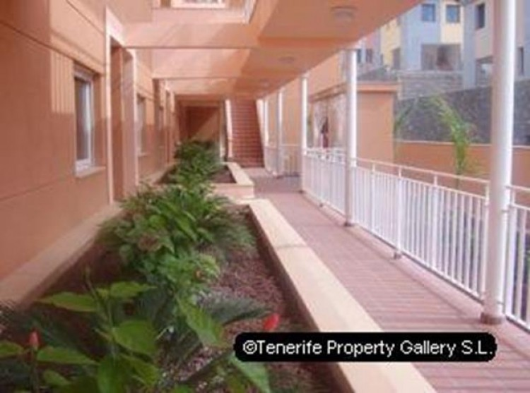 2 Bed  Flat / Apartment for Sale, El Madroñal, Tenerife - PG-C1186 17