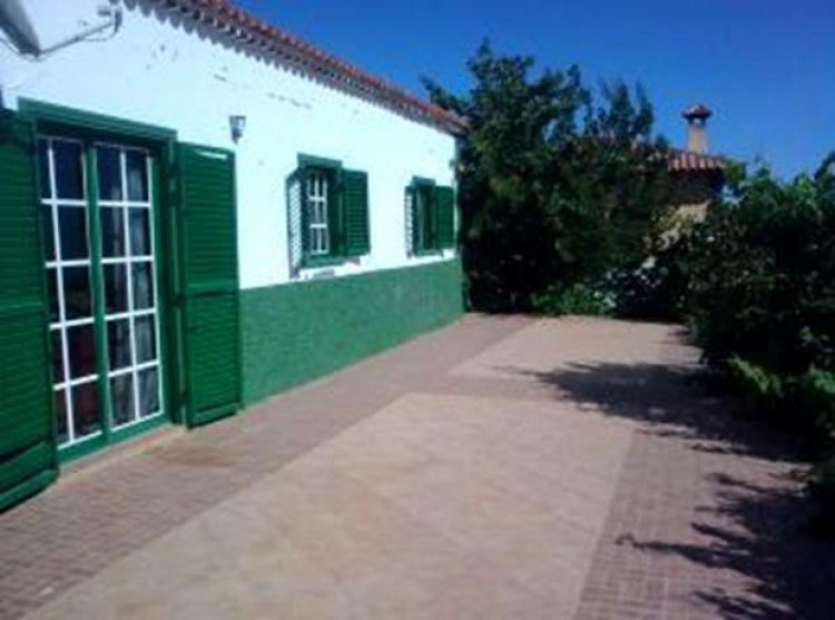3 Bed  Villa/House for Sale, Vilaflor, Tenerife - PG-D1190 2