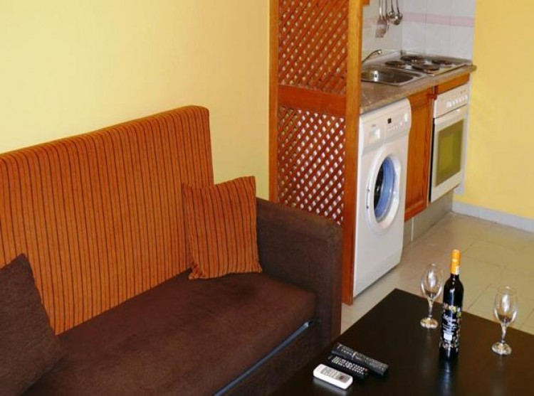 1 Bed  Flat / Apartment for Sale, Playas De Fanabe, Tenerife - PG-b943 8