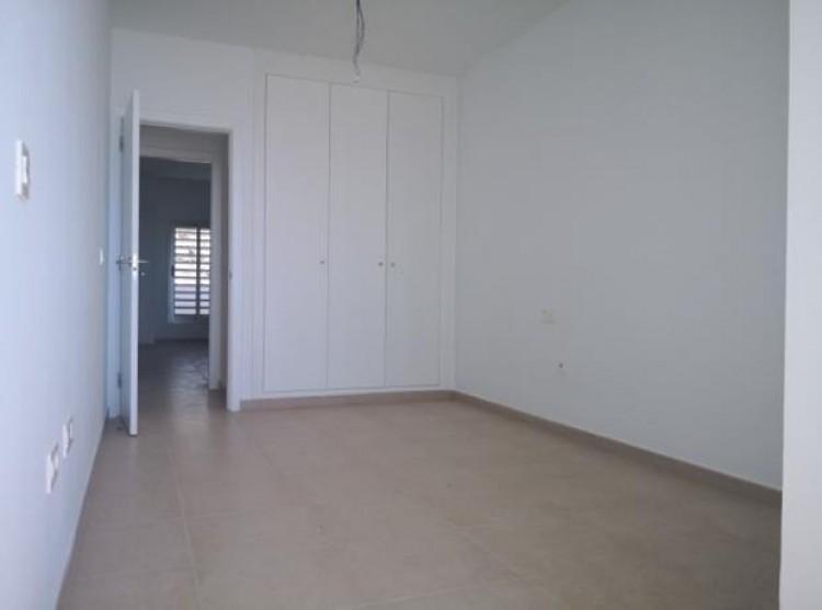 2 Bed  Flat / Apartment for Sale, Valle De San Lorenzo, Tenerife - PG-C1793 6