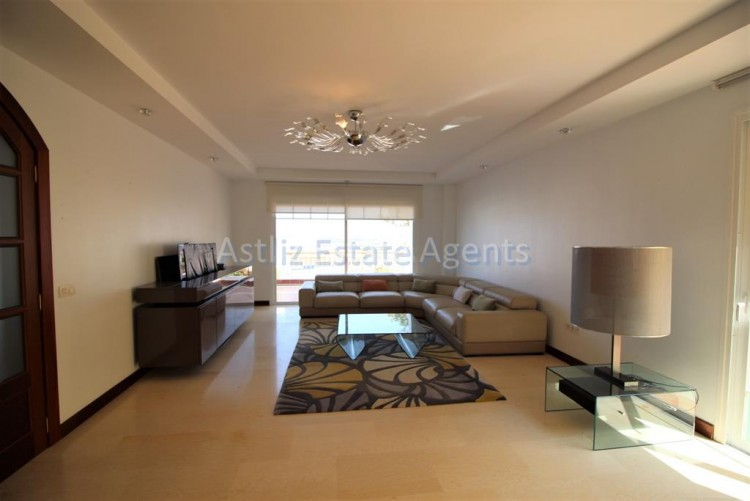 5 Bed  Villa/House for Sale, San Eugenio Alto, Adeje, Tenerife - AZ-1227 14