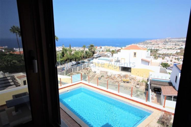 5 Bed  Villa/House for Sale, San Eugenio Alto, Adeje, Tenerife - AZ-1227 15
