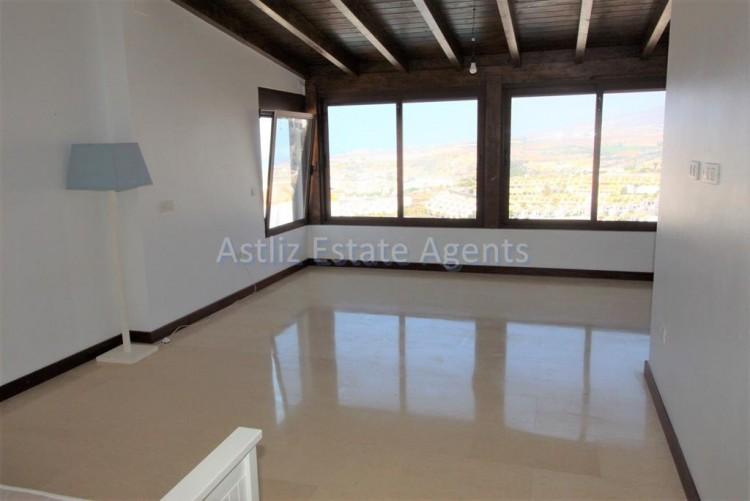 5 Bed  Villa/House for Sale, San Eugenio Alto, Adeje, Tenerife - AZ-1227 17