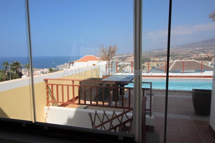 5 Bed  Villa/House for Sale, San Eugenio Alto, Adeje, Tenerife - AZ-1227 18