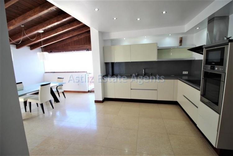 5 Bed  Villa/House for Sale, San Eugenio Alto, Adeje, Tenerife - AZ-1227 3