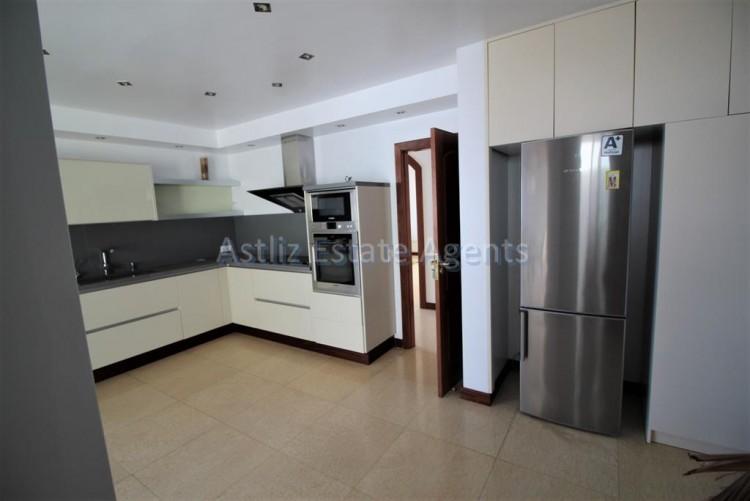 5 Bed  Villa/House for Sale, San Eugenio Alto, Adeje, Tenerife - AZ-1227 8