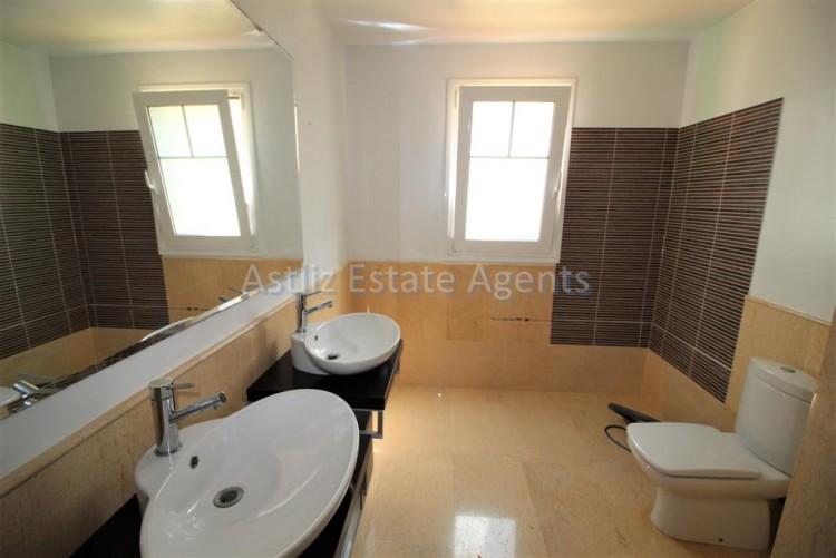 5 Bed  Villa/House for Sale, San Eugenio Alto, Adeje, Tenerife - AZ-1227 9