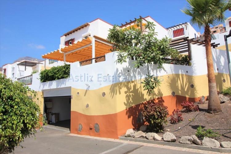 4 Bed  Villa/House for Sale, San Eugenio Alto, Adeje, Tenerife - AZ-1228 1