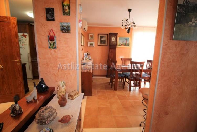 4 Bed  Villa/House for Sale, San Eugenio Alto, Adeje, Tenerife - AZ-1228 12