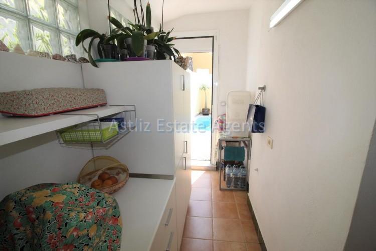 4 Bed  Villa/House for Sale, San Eugenio Alto, Adeje, Tenerife - AZ-1228 15