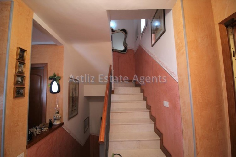 4 Bed  Villa/House for Sale, San Eugenio Alto, Adeje, Tenerife - AZ-1228 18