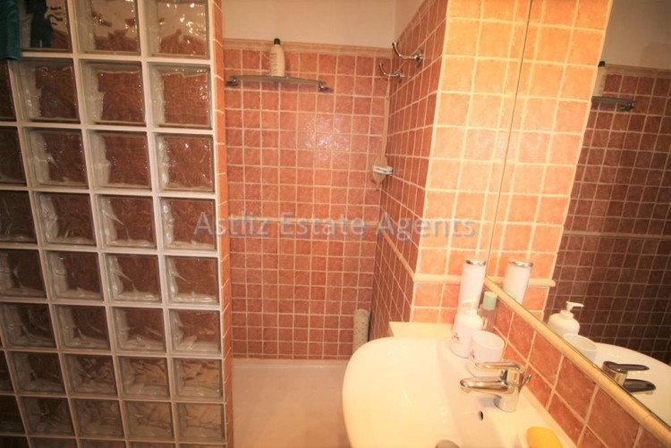 4 Bed  Villa/House for Sale, San Eugenio Alto, Adeje, Tenerife - AZ-1228 19
