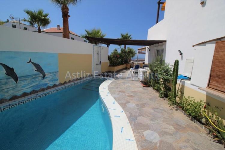 4 Bed  Villa/House for Sale, San Eugenio Alto, Adeje, Tenerife - AZ-1228 5
