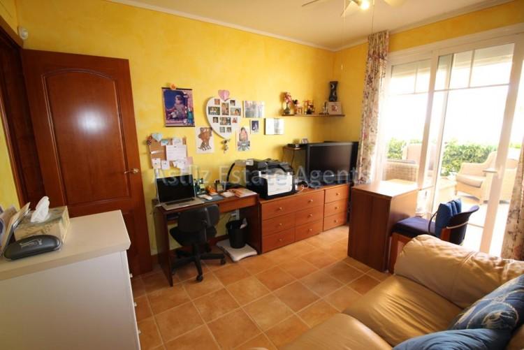 4 Bed  Villa/House for Sale, San Eugenio Alto, Adeje, Tenerife - AZ-1228 9