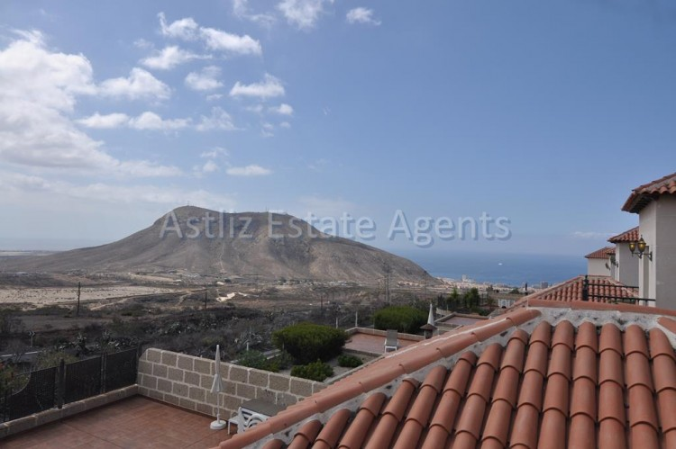 3 Bed  Villa/House for Sale, Chayofa, Arona, Tenerife - AZ-1229 20