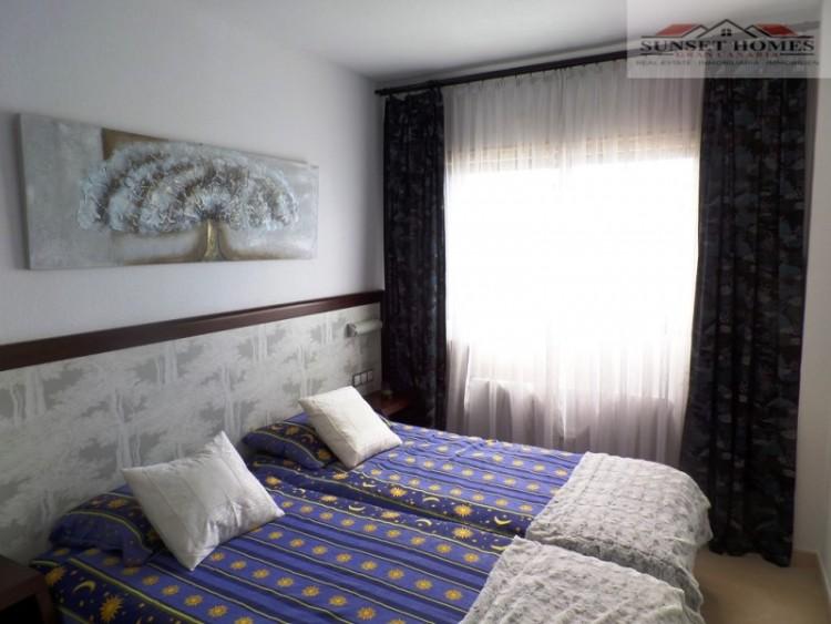 2 Bed  Flat / Apartment for Sale, Playa del Inglés, San Bartolomé de Tirajana, Gran Canaria - SH-1787S 10