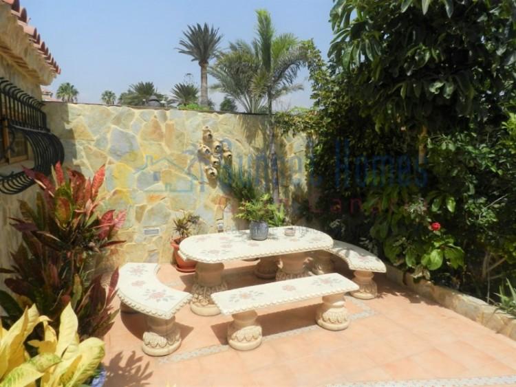3 Bed  Villa/House for Sale, Playa del Inglés, San Bartolomé de Tirajana, Gran Canaria - SH-1124S 3