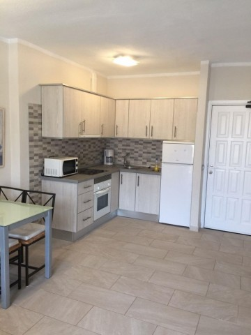 1 Bed  Flat / Apartment for Sale, Playa Paraiso, Tenerife - PG-B1682