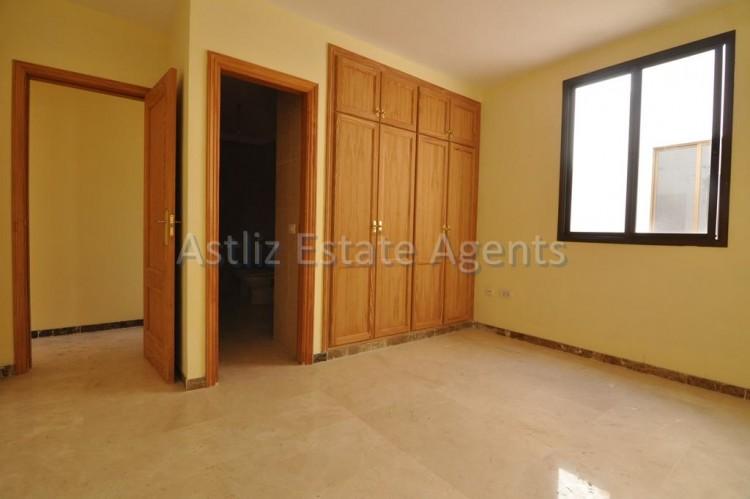 4 Bed  Flat / Apartment for Sale, Puerto De Santiago, Santiago Del Teide, Tenerife - AZ-1237 13
