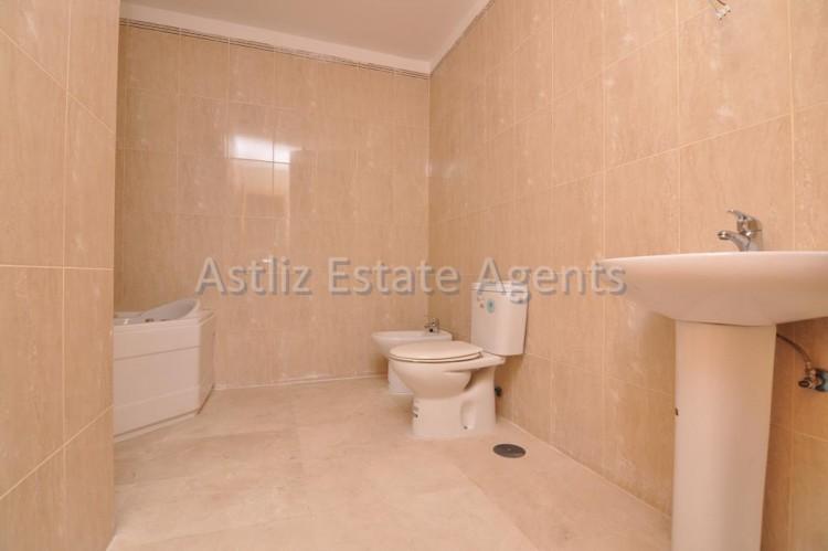 4 Bed  Flat / Apartment for Sale, Puerto De Santiago, Santiago Del Teide, Tenerife - AZ-1237 17