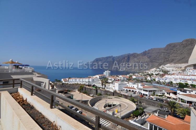 4 Bed  Flat / Apartment for Sale, Puerto De Santiago, Santiago Del Teide, Tenerife - AZ-1237 2