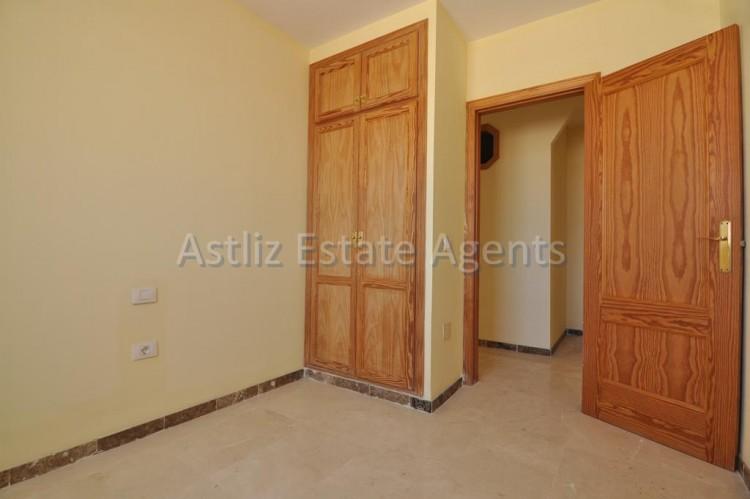 4 Bed  Flat / Apartment for Sale, Puerto De Santiago, Santiago Del Teide, Tenerife - AZ-1237 8