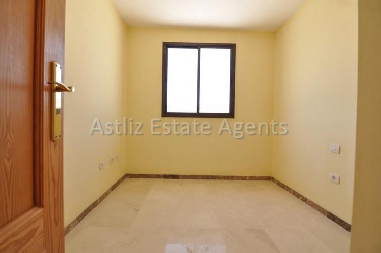 4 Bed  Flat / Apartment for Sale, Puerto De Santiago, Santiago Del Teide, Tenerife - AZ-1237 9
