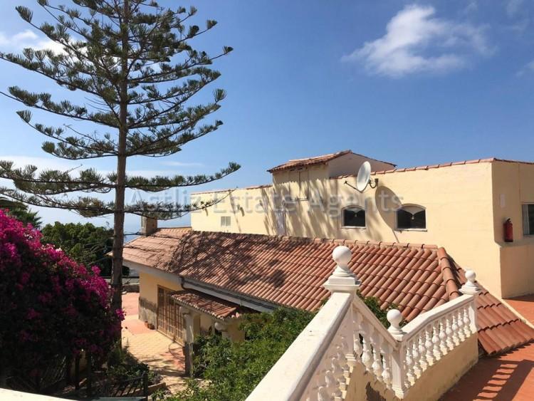 14 Bed  Commercial for Sale, Los Menores, Adeje, Tenerife - AZ-1242 5