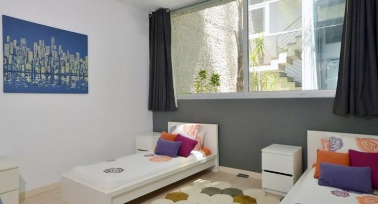 5 Bed  Villa/House for Sale, Bahia del Duque, Tenerife - TP-01339 14