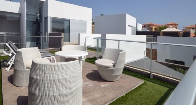 5 Bed  Villa/House for Sale, Bahia del Duque, Tenerife - TP-01339 3