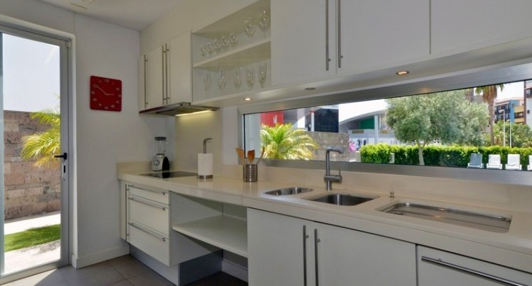 5 Bed  Villa/House for Sale, Bahia del Duque, Tenerife - TP-01339 9