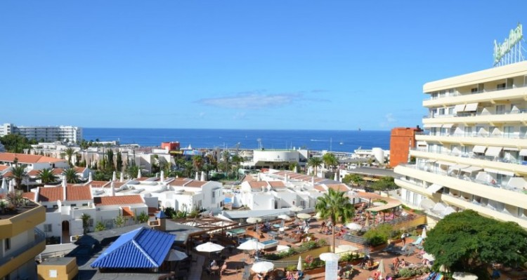 2 Bed  Flat / Apartment for Sale, Torviscas Playa, Tenerife - TP-01389 1