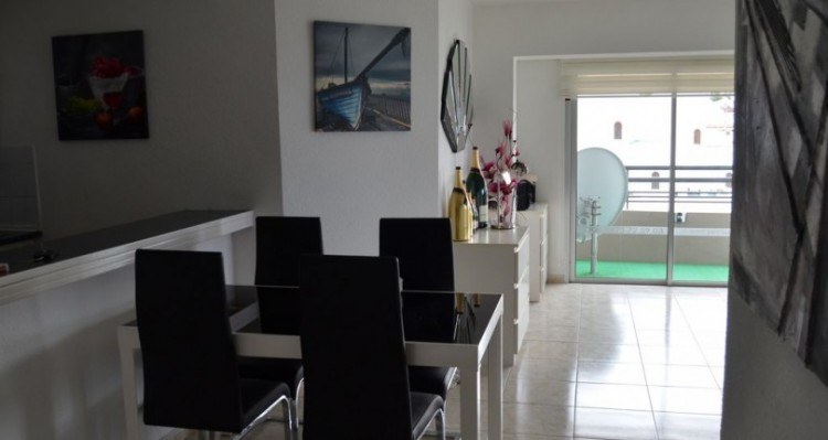 2 Bed  Flat / Apartment for Sale, Torviscas Playa, Tenerife - TP-01389 10