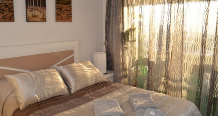 2 Bed  Flat / Apartment for Sale, Torviscas Playa, Tenerife - TP-01389 6