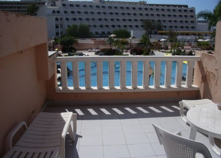 Flat / Apartment for Sale, Playa Fañabe, Tenerife - TP-01383 1