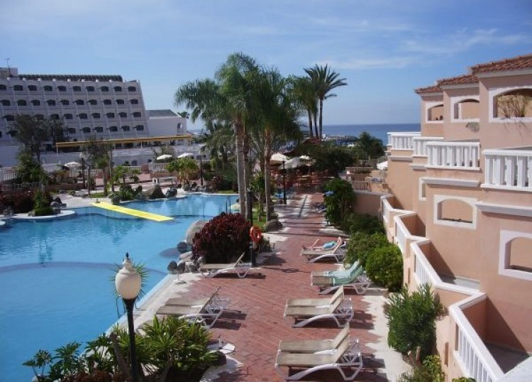 Flat / Apartment for Sale, Playa Fañabe, Tenerife - TP-01383 7