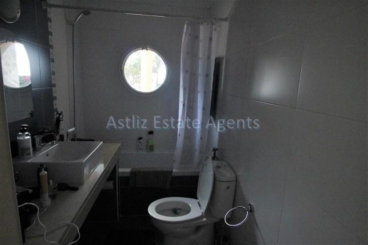 5 Bed  Villa/House for Sale, Torviscas Alto, Arona, Tenerife - AZ-1246 13