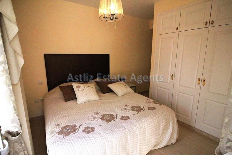 5 Bed  Villa/House for Sale, Torviscas Alto, Arona, Tenerife - AZ-1246 18