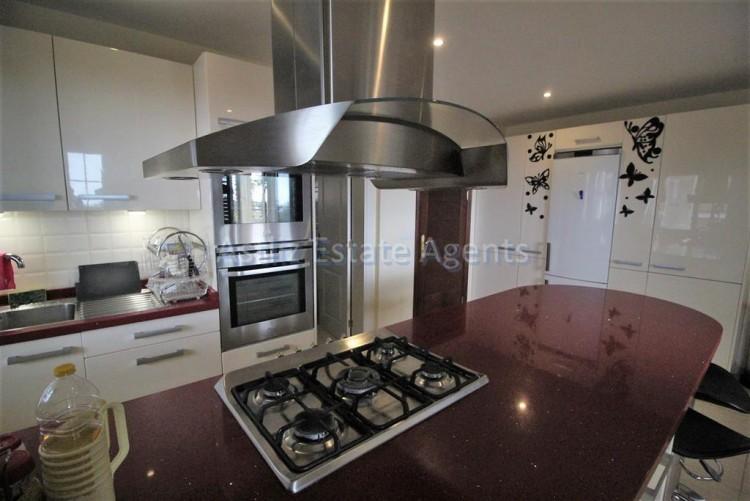 5 Bed  Villa/House for Sale, Torviscas Alto, Arona, Tenerife - AZ-1246 2