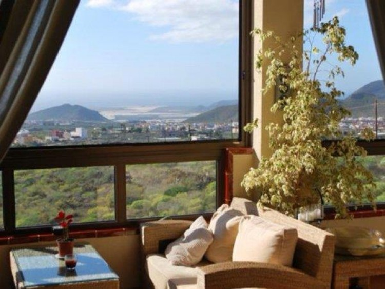2 Bed  Flat / Apartment for Sale, Valle De San Lorenzo, Tenerife - PG-C1824 1