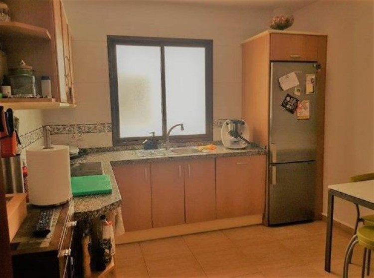 2 Bed  Flat / Apartment for Sale, Valle De San Lorenzo, Tenerife - PG-C1824 2