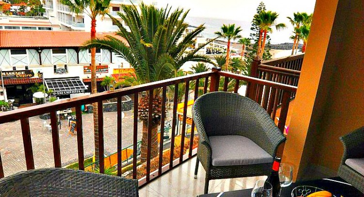 3 Bed  Flat / Apartment for Sale, Playa de Las Americas, Tenerife - TP-7026 8