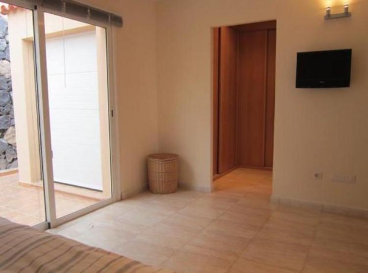 2 Bed  Villa/House for Sale, El Madroñal, Tenerife - PG-C1735 10