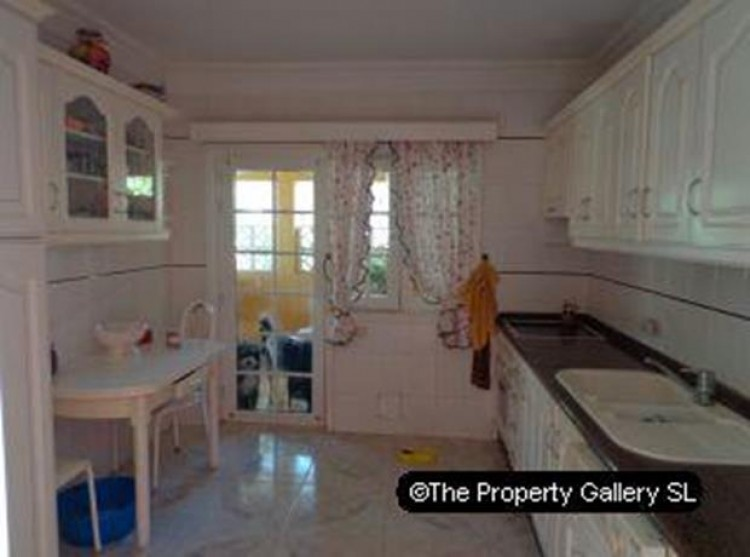 4 Bed  Villa/House for Sale, Puerto De La Cruz, Tenerife - PG-D1487 6