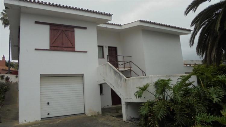 6 Bed  Villa/House for Sale, Tacoronte, Tenerife - PG-D1714 1