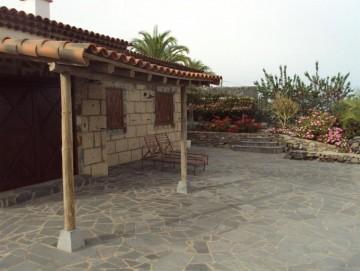 2 Bed  Property for Sale, Cruz De Tea (Granadilla), Tenerife - PG-C1351
