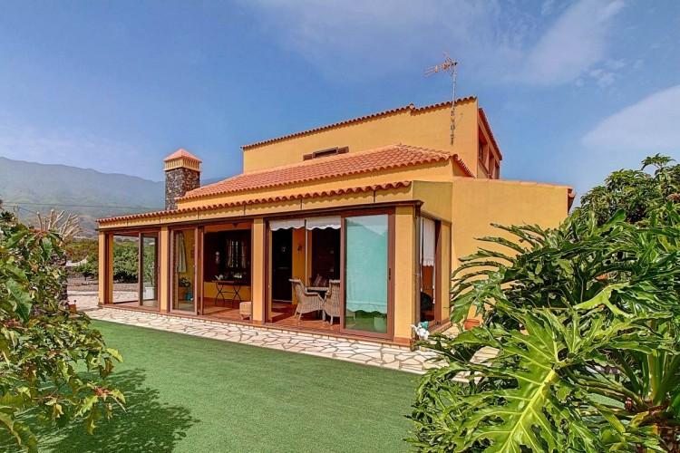 4 Bed  Villa/House for Sale, San José, Breña Baja, La Palma - LP-BB48 1