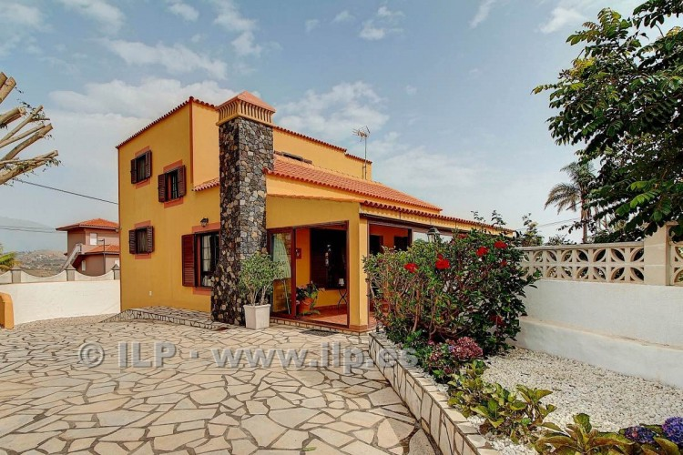 4 Bed  Villa/House for Sale, San José, Breña Baja, La Palma - LP-BB48 3