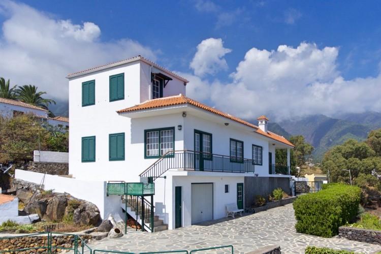 5 Bed  Villa/House for Sale, La Cuesta, Breña Alta, La Palma - LP-BA51 1