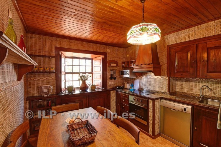 4 Bed  Villa/House for Sale, In the outskirts, Puntagorda, La Palma - LP-P67 17